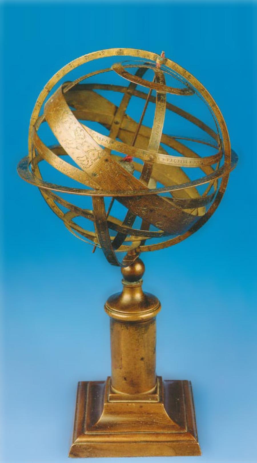 Die Medebacher Armillarsphäre - ein Modell des Himmels mit der Erde im Mittelpunkt - schuf Caspar Vopelius 1546.